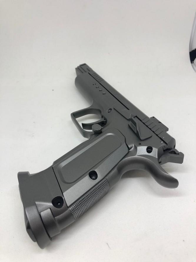 pistola de pressao cybergun tanfoglio 45mm full metal co2 666x888 - Pistola de Pressão Cybergun Tanfoglio 4,5mm Full metal Co2 - MOSTRUÁRIO
