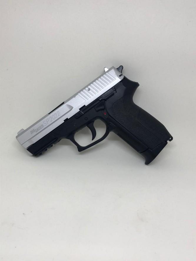pistola pressao sig sauer sp2022 45mm 5 666x888 - Pistola Pressão Sig Sauer SP2022 4,5mm
